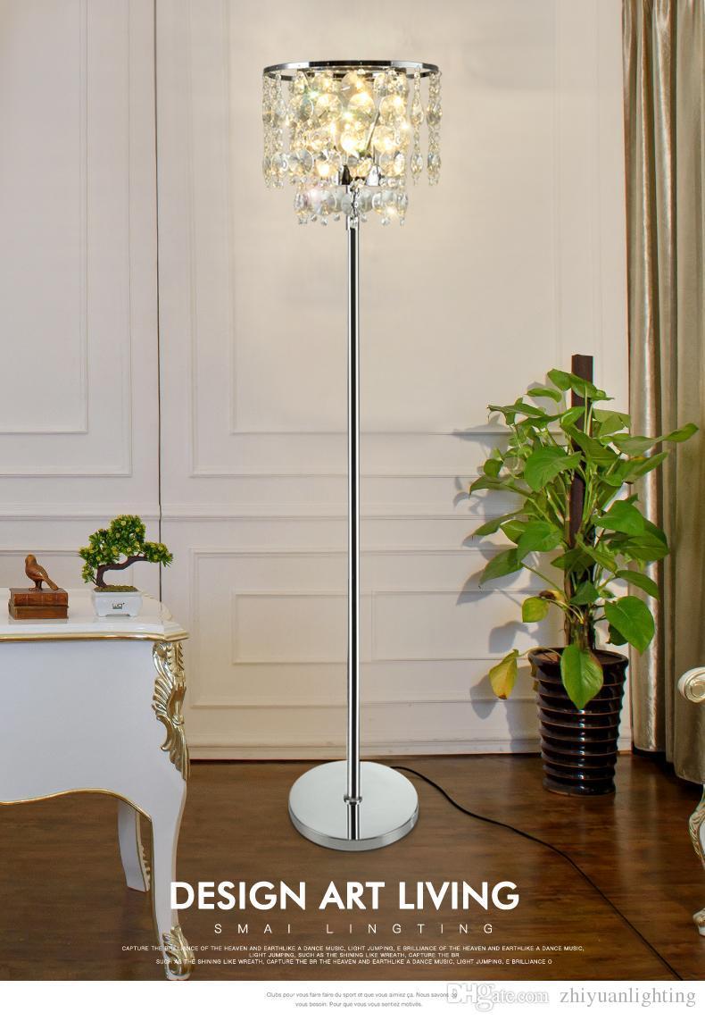 Full Size of Stehleuchte Wohnzimmer Stehleuchten Dimmbar Leuchte Lampe Ikea Led Luxus Kristall Stehlampe Rauchgrau Transparent Tieinfache Stufuumlhrte Fuumlr Schlafzimmer Wohnzimmer Stehleuchte Wohnzimmer