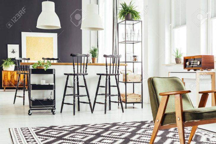 Medium Size of Kitchen With Rustic Green Chair Küche Teppich Küche