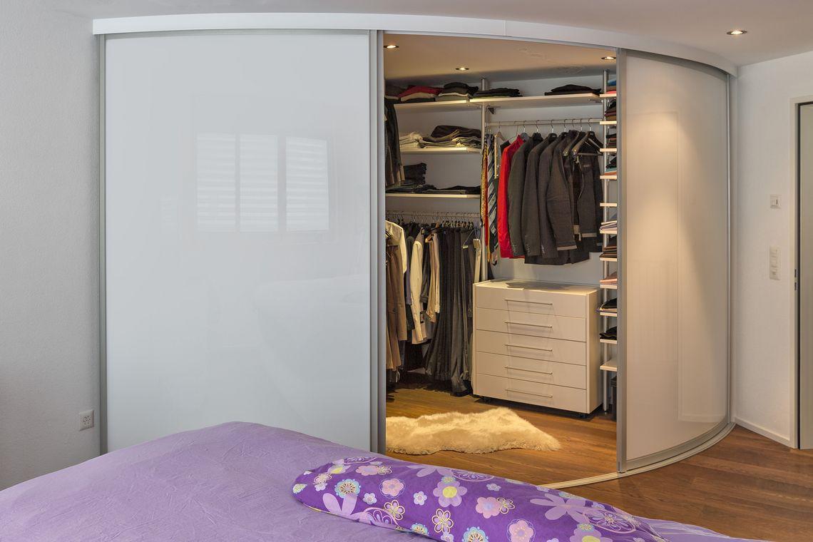 Full Size of Teppich Schlafzimmer Komplettangebote Komplett Guenstig Tapeten Schränke Regal Set Betten Günstig Deckenlampe Komplettes Sitzbank Lampe Günstige Mit Schlafzimmer Eckschrank Schlafzimmer