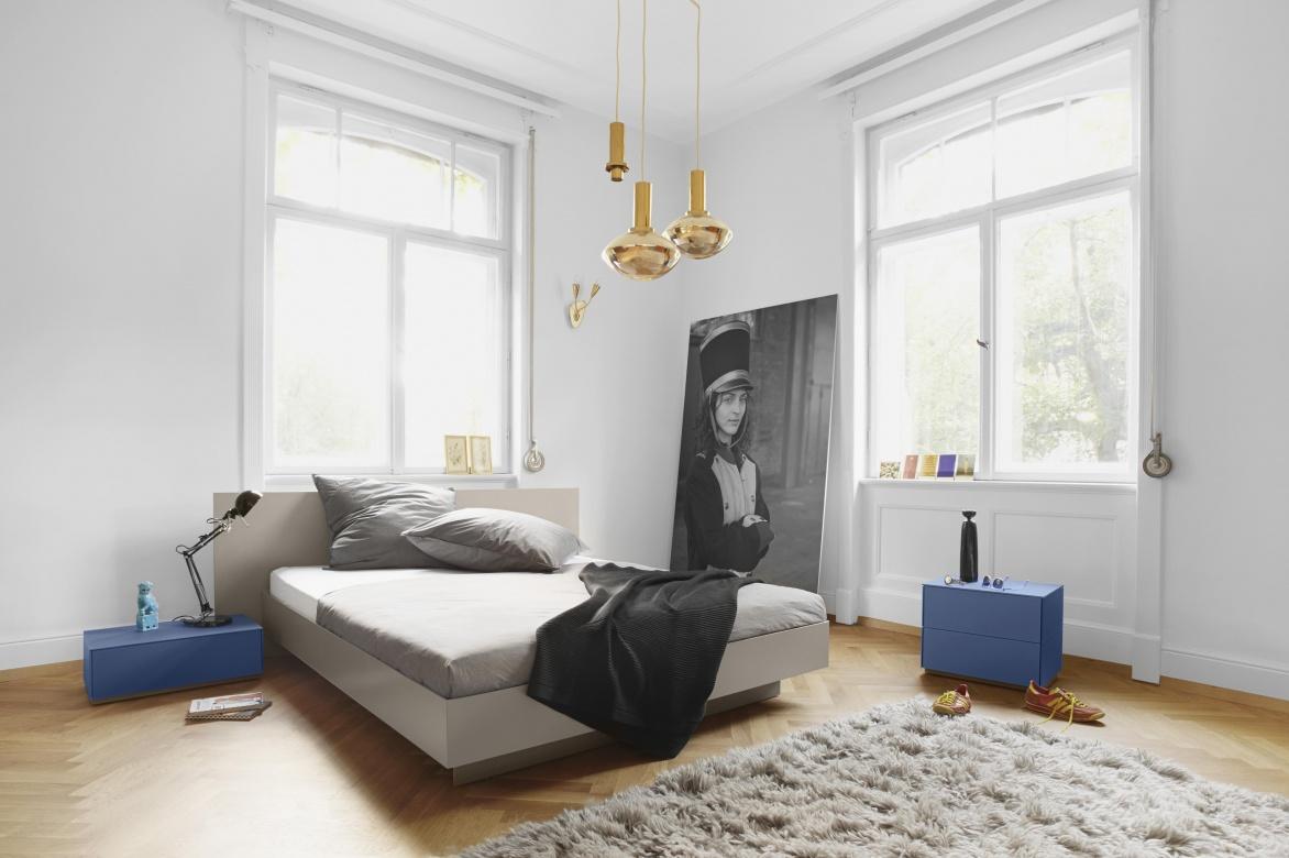 Full Size of Bett Italienisches Design Modern Puristisch Schlafzimmer Eggers Einrichten Paletten 140x200 Weiß 90x200 Ausziehbar 160x200 180x200 Bettkasten Boxspring Betten Bett Bett Modern Design