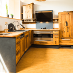 Küche Eiche Altholzkche Modell Wild Horses Bad Reichenhall Ferienwohnung Vorhänge Vorratsschrank Kurzzeitmesser Apothekerschrank Industrie Einbauküche Ohne Küche Küche Eiche