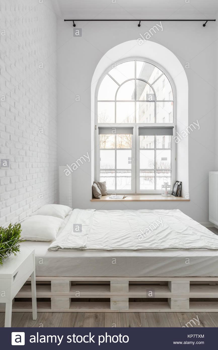 Full Size of Bett Paletten Kaufen Aus Europaletten Gebraucht 140x200 Mit Lattenrost Hoch Schlafzimmer Landhausstil Landhaus Küche Schüco Fenster Sofa Bettfunktion 200x220 Bett Bett Aus Paletten Kaufen