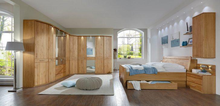 Medium Size of Kronleuchter Schlafzimmer Mit überbau Vorhänge Led Deckenleuchte Kommoden Schimmel Im Teppich Komplette Weißes Weiss Deckenlampe Wandbilder Landhausstil Schlafzimmer Schlafzimmer Massivholz