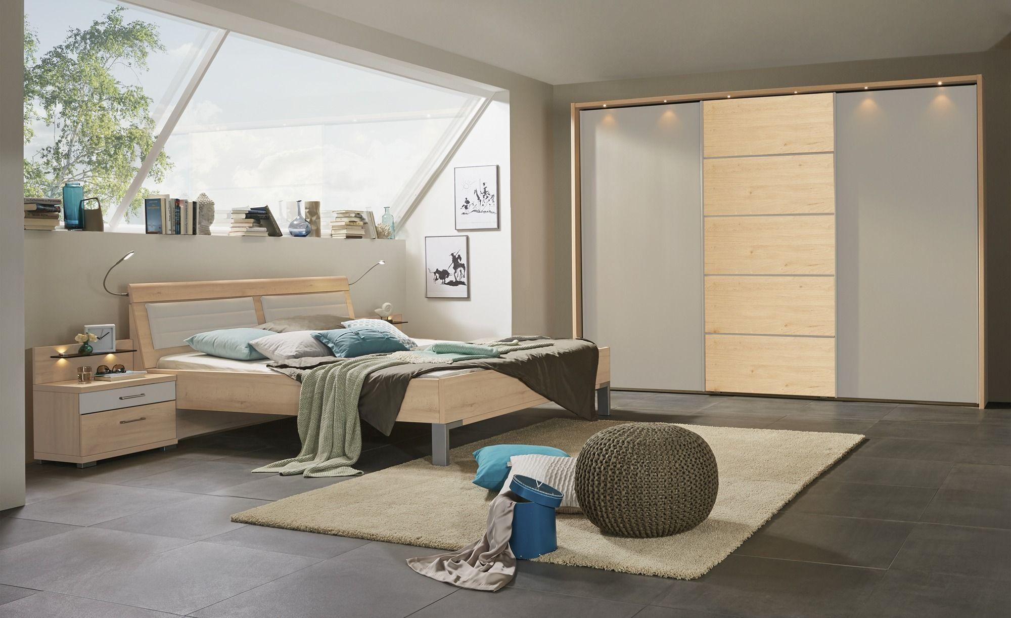 Full Size of Uno Komplett Schlafzimmer 4 Teilig Rgen 2 Komplettes Nolte Deckenleuchte Modern Vorhänge Schranksysteme Wandtattoo Mit überbau Schrank Deckenlampe Guenstig Schlafzimmer Komplettes Schlafzimmer