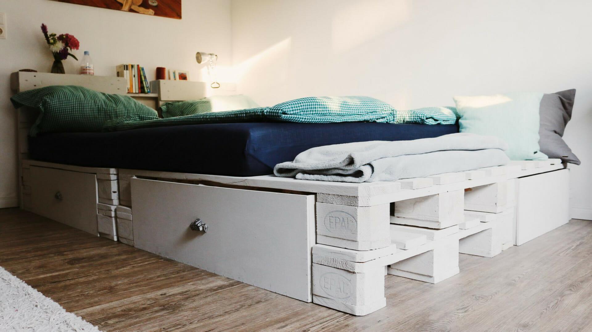 Full Size of Paletten Bett 140x200 Palettenbett Selber Bauen Kaufen Europaletten Betten 120x200 Stauraum überlänge 200x180 Mit Bettkasten Meise Holz Japanisches Bett Paletten Bett 140x200