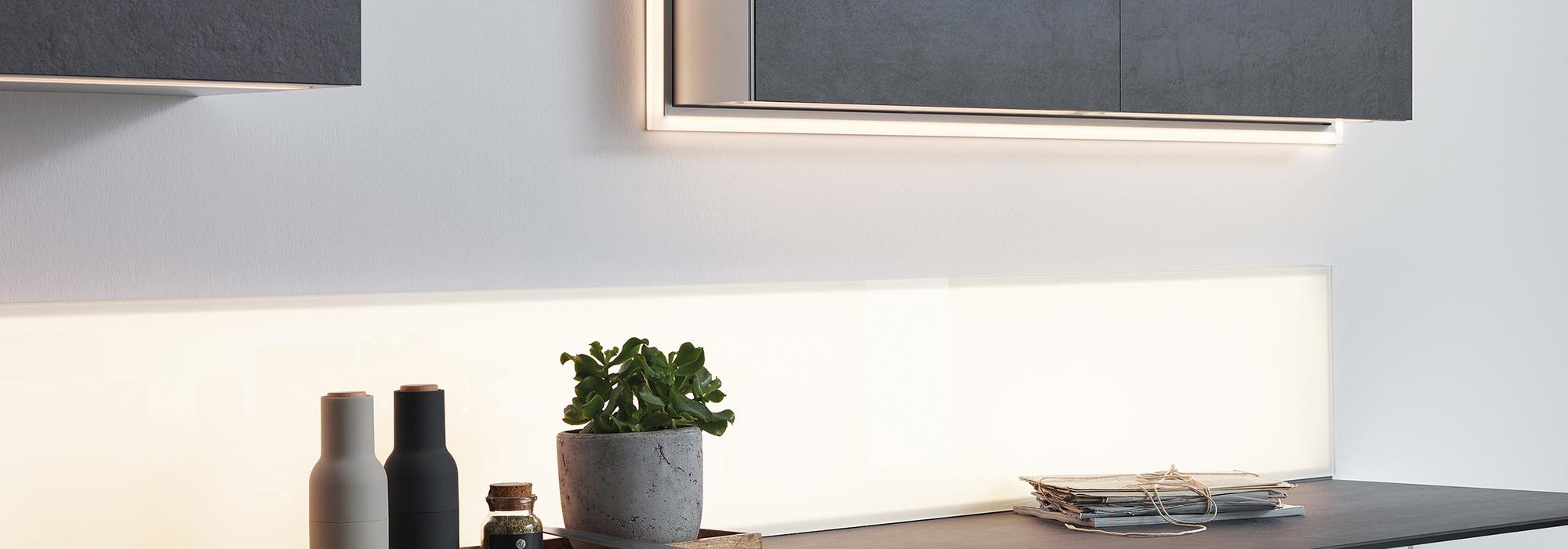 Full Size of Kchenwelt Schrankbeleuchtung Rollwagen Küche Magnettafel Tapeten Für Die Sofa Grau Leder Badezimmer Spiegelschrank Mit Beleuchtung Kunstleder Mülltonne Küche Led Beleuchtung Küche