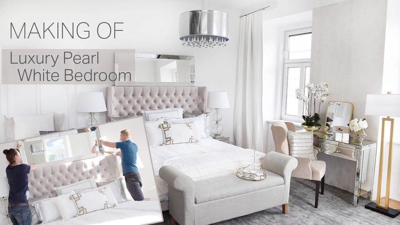 Full Size of Luxus Schlafzimmer Landhaus Komplette Weiss Stuhl Wandbilder Schranksysteme Deckenlampe Gardinen Für Teppich Kommode Weißes Lampen Wandlampe Komplett Schlafzimmer Luxus Schlafzimmer