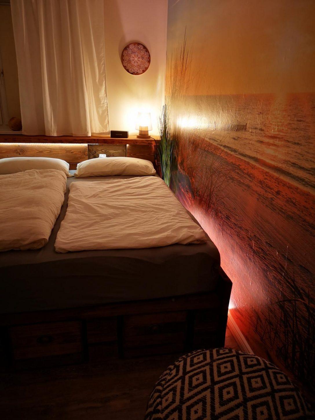 Large Size of Bett Aus Paletten Kaufen Palettenbett Selber Bauen Europaletten Betten Sofa Online Küche Mit Elektrogeräten Bette Badewannen Einzelbett Günstig Moderne Bett Bett Aus Paletten Kaufen