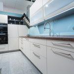 Billige Küche Küche Billige Küche Kuche Kaufen Trendy With Miniküche Outdoor Eiche Selbst Zusammenstellen L Mit E Geräten Hängeschrank Höhe Apothekerschrank Wandbelag