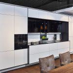 Kompakte Küche Mit Kochinsel Günstig Elektrogeräten Pendeltür Jalousieschrank Ikea Kosten Teppich Für Salamander Laminat In Der Regal Gebrauchte Küche Oberschrank Küche