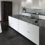 Granitplatten Küche Kchenarbeitsplatte Aus Granit Vorteile Vinylboden Hochschrank Einbauküche Ohne Kühlschrank Landhausstil Tresen Grau Hochglanz Modul Küche Granitplatten Küche