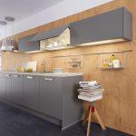Alno Küche Küche Alno Küche Wandgestaltung Kche So Einfach Wirds Wohnlich Ohne Hängeschränke Kleine Einbauküche Pantryküche Waschbecken Eiche Hell Massivholzküche