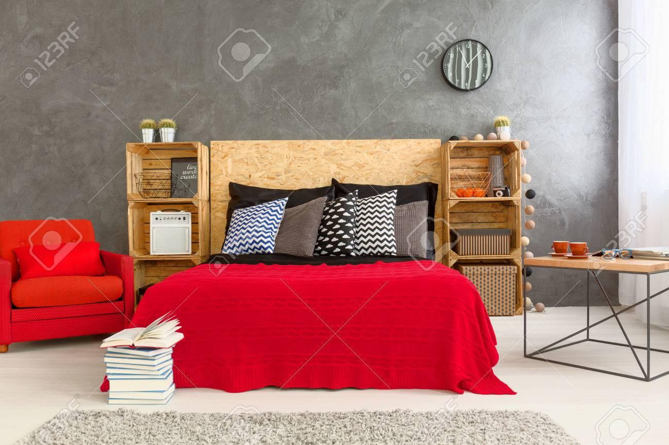 Full Size of Sessel Schlafzimmer Ikea Kleiner Petrol Rosa Weiss Kleine Grau Gestaltete Mit Roten Bett Und Auf Günstig Lampen Wandtattoo Vorhänge Stuhl Für Günstige Schlafzimmer Schlafzimmer Sessel