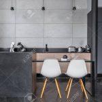 Wandfliesen Küche Küche Kitchen With Grey Wall Tiles