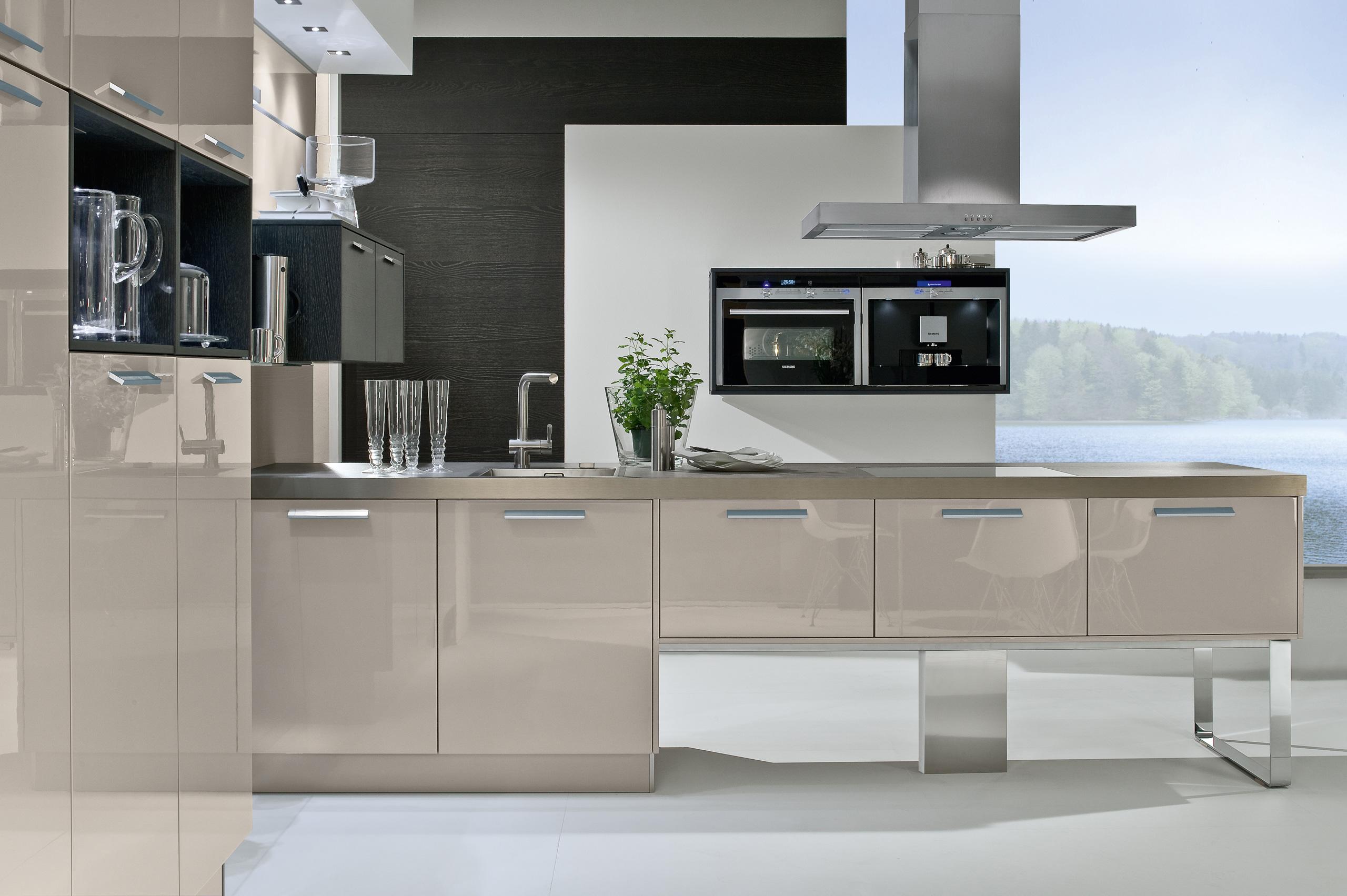 Full Size of Weiße Hochglanz Küche Ikea Kratzer Aus Hochglanz Küche Polieren Weiße Hochglanz Küche Graue Arbeitsplatte Hochglanz Küche Oder Matt Küche Hochglanz Küche