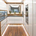 Hochglanz Küche Küche Weiße Hochglanz Küche Schwarze Arbeitsplatte Hochglanz Küche Ausbessern Hochglanz Küche Putzen Glasreiniger Weiße Hochglanz Küche Mit Holzarbeitsplatte