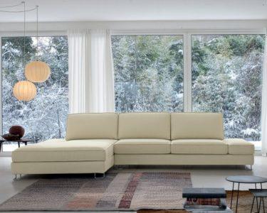 Wohnzimmer Liege Wohnzimmer Wohnzimmer Liege Ecksofa Im Ndash Bequeme Sitzecke Zum Entspannen Teppich Deko Led Lampen Decken Wohnwand Fliegengitter Fenster Sideboard Relaxliege Moderne