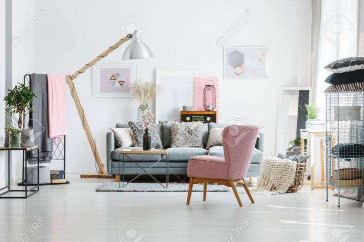 Medium Size of Grey Sofa With Decorative Pillows Wohnzimmer Wohnzimmer Sessel