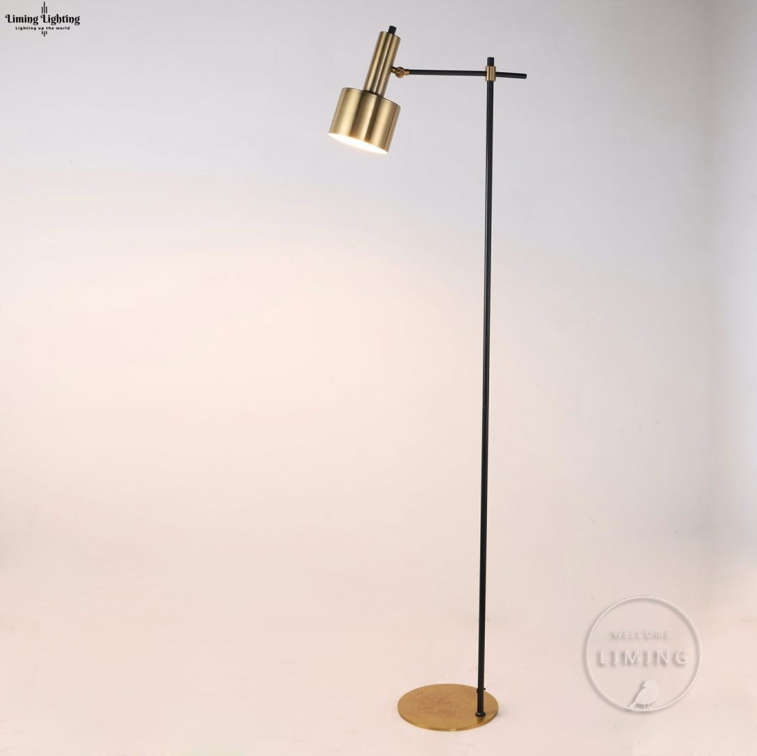 Large Size of Wohnzimmer Stehlampe Holz Stehleuchte Dimmbar Led Stehlampen Kreative Einfache Retro Kupfer Chrom Gold Schlafzimmer Kunst Beleuchtung Von Wohnzimmer Wohnzimmer Stehlampe