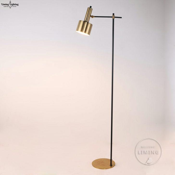 Medium Size of Wohnzimmer Stehlampe Holz Stehleuchte Dimmbar Led Stehlampen Kreative Einfache Retro Kupfer Chrom Gold Schlafzimmer Kunst Beleuchtung Von Wohnzimmer Wohnzimmer Stehlampe