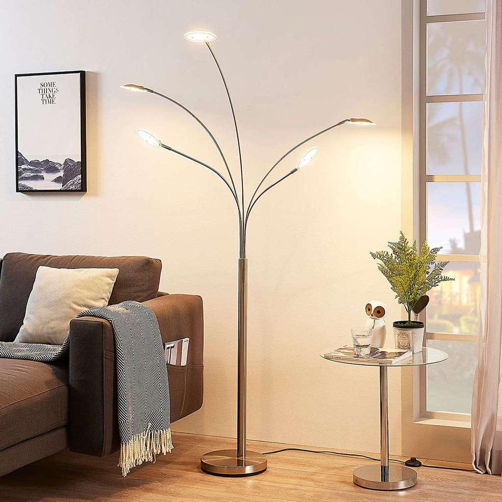 Full Size of Wohnzimmer Stehleuchte Led Stehlampe Dimmbar Stehlampen Ikea Modern Holz Poco Anea Fuumlnfflammig Lampenwelt S Bilder Xxl Sideboard Anbauwand Beleuchtung Wohnzimmer Wohnzimmer Stehlampe