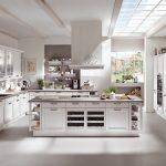 Landhausküche Küche Landhausküche Landhauskche Von Klassisch Rustikal Bis Modern Moderne Grau Weiß Gebraucht Weisse
