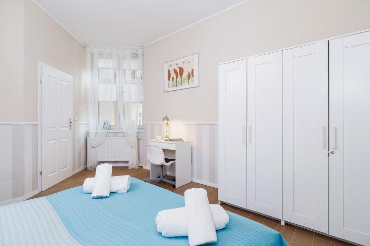 Schlafzimmer Stuhl Wohnung In Krakau Starowilna 54 7a Schimmel Im Set Kommode Für Günstige Komplett Sessel Wandleuchte Led Deckenleuchte Landhausstil Mit Schlafzimmer Schlafzimmer Stuhl