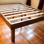 Thumbnail Size of Holz Plattform Bett Rahmen Design Weiße Betten Mit Aufbewahrung Düsseldorf Möbel Boss 120x200 Hülsta Französische Günstige 180x200 90x200 Jabo Köln Bett Günstige Betten