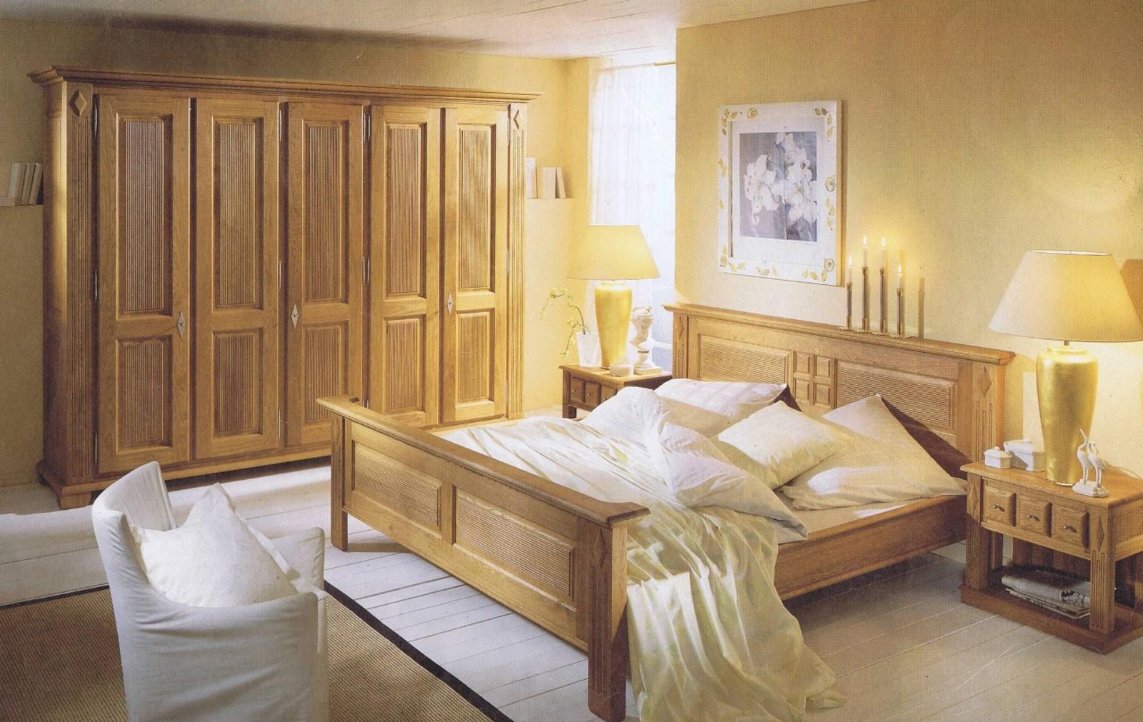Full Size of Landhausstil Schlafzimmer Schlafzimmerprogramm Perigo Im Massivholz Betten Regal Schränke Kommode Weiß Deckenleuchte Günstige Wandlampe Wohnzimmer Tapeten Schlafzimmer Landhausstil Schlafzimmer