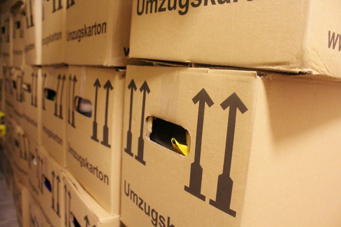 Large Size of Essen Vor Teppich Küche Mit Tresen Buche Fototapete Ebay Landhaus Spülbecken Doppel Mülleimer Nischenrückwand Salamander Keramik Waschbecken Sideboard Küche Küche Umziehen