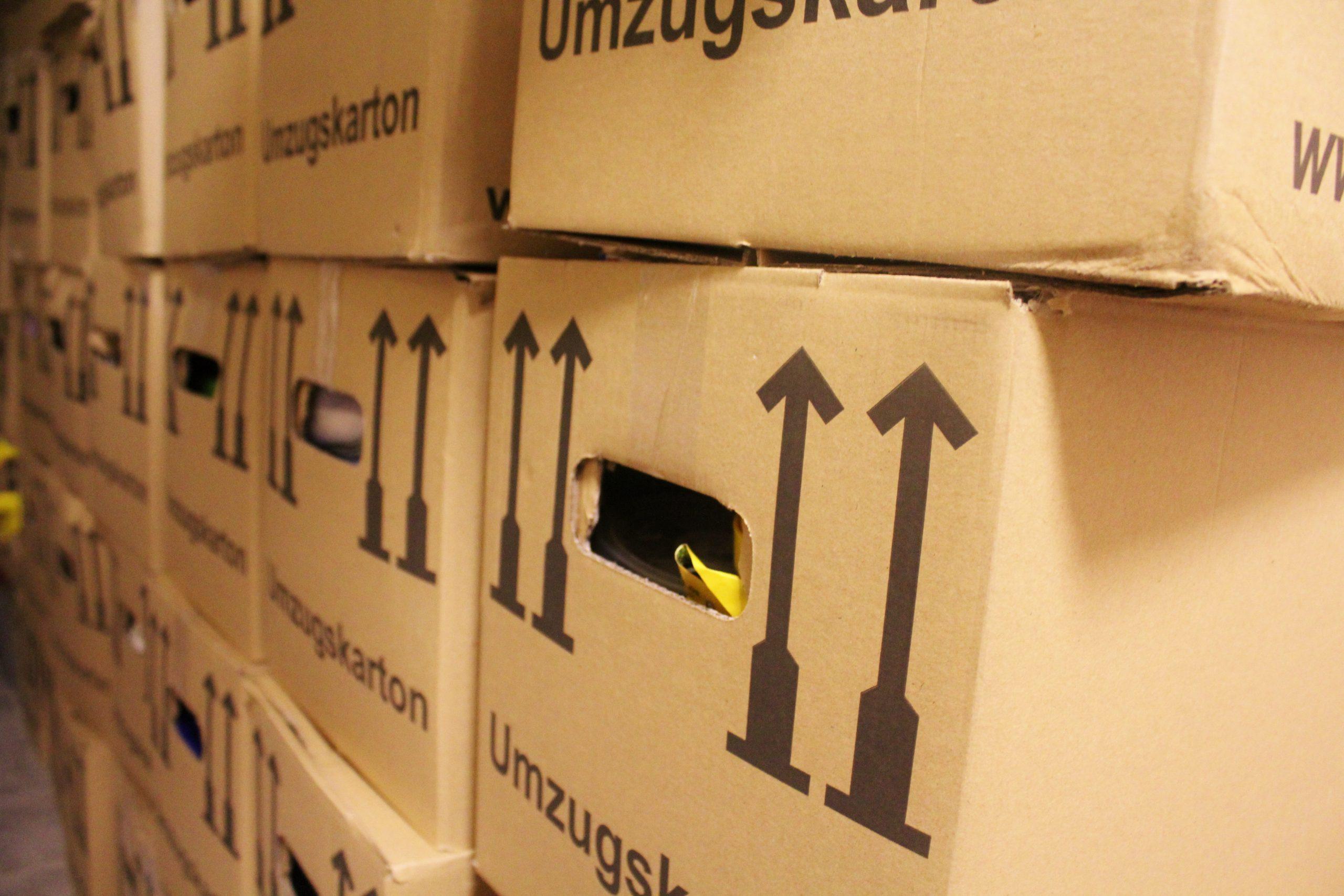 Full Size of Essen Vor Teppich Küche Mit Tresen Buche Fototapete Ebay Landhaus Spülbecken Doppel Mülleimer Nischenrückwand Salamander Keramik Waschbecken Sideboard Küche Küche Umziehen
