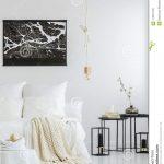 Weißes Schlafzimmer Weies Mit Karierter Stockbild Bild Von Schrank Nolte Wandleuchte Gardinen Regal Bett 140x200 Weiß Komplette Günstige Wandlampe Schlafzimmer Weißes Schlafzimmer