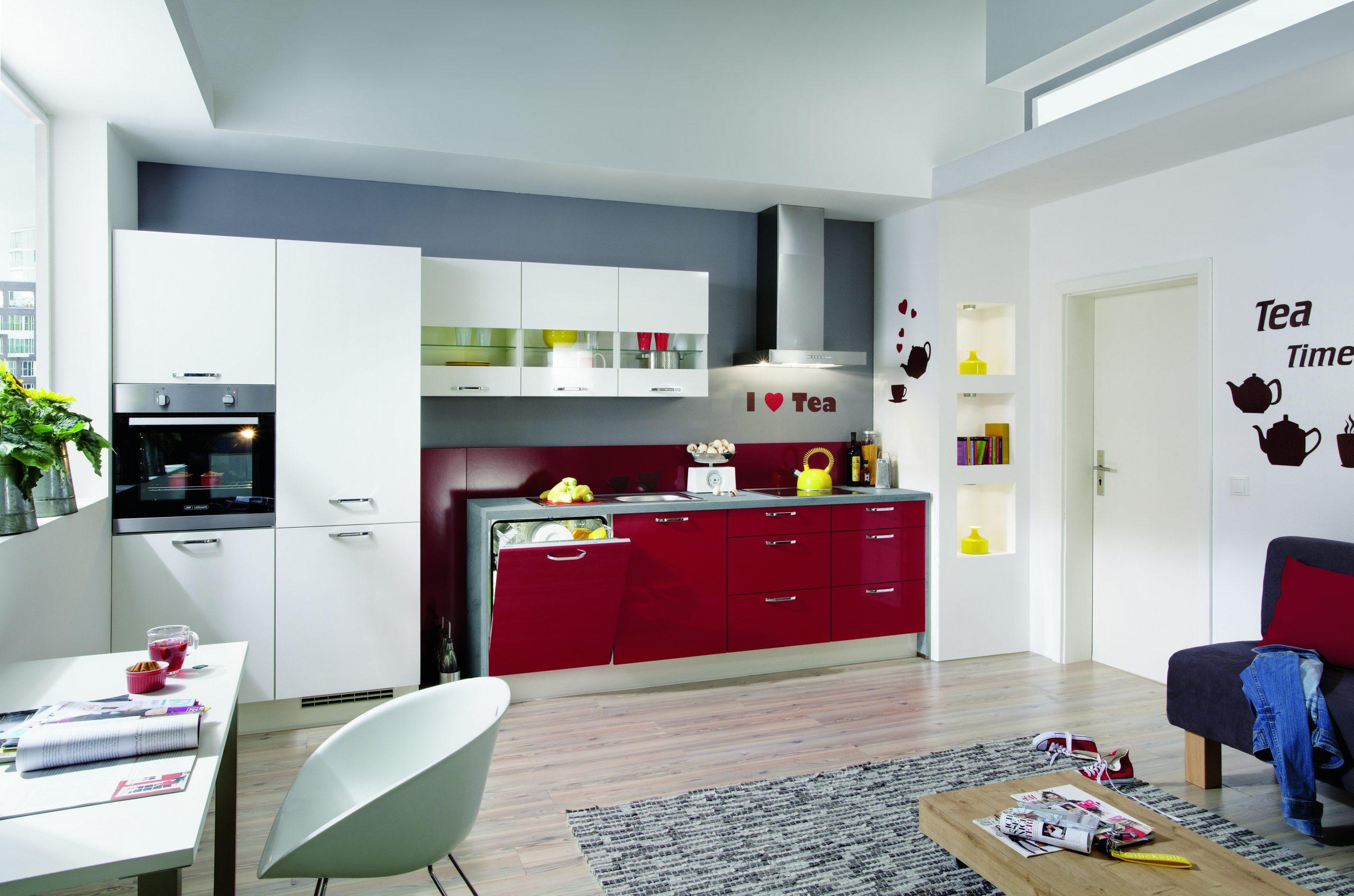 Full Size of Küche Erweitern Kchenrenovierung 7 Tipps Wie Sie Ihre Alte Kche Aufmbeln Hängeschrank Höhe Pendelleuchte Lüftungsgitter Eckunterschrank Sitzbank Mit Lehne Küche Küche Erweitern