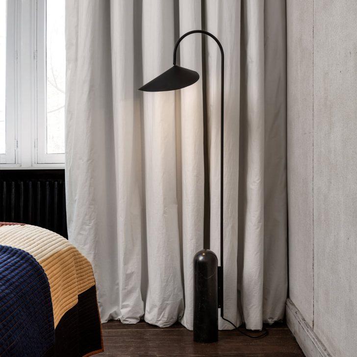Medium Size of Stehlampe Schlafzimmer Arum Stehleuchte Von Ferm Living Connox Wandtattoos Landhaus Günstige Komplette Wohnzimmer Deckenlampe Vorhänge Gardinen Für Schlafzimmer Stehlampe Schlafzimmer