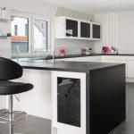 Küche Ohne Hängeschränke Nobilia Kche Mit Exklusiver Ambiente Beleuchtung Das Regal Rückwand Ikea Miniküche Hängeschrank Glastüren Küchen Miele Modern Küche Küche Ohne Hängeschränke