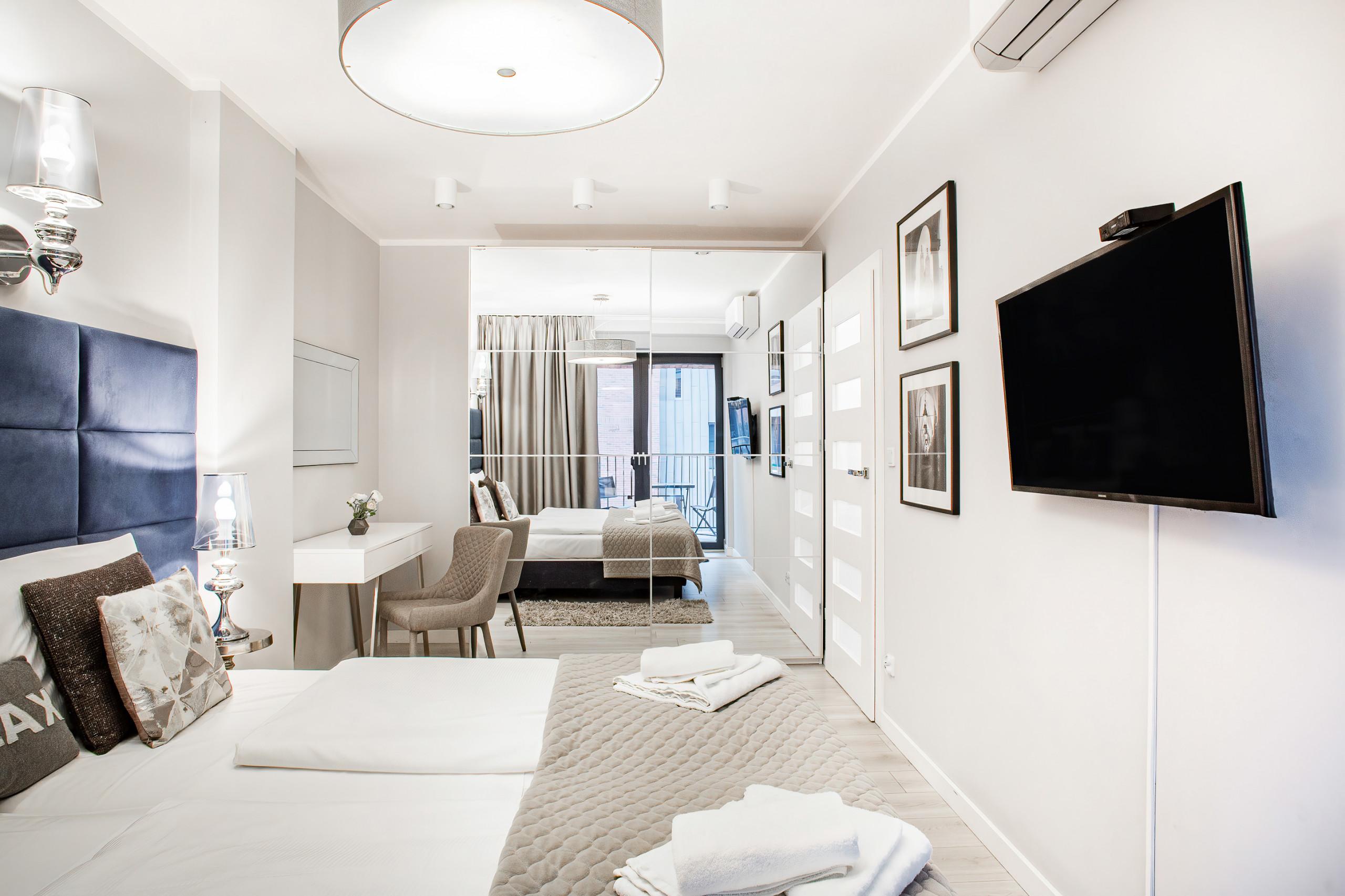 Full Size of Schlafzimmer Stuhl Wohnung Mit Balkon Wawrzyca 19 41 In Krakau Für Komplettangebote Kommode Weiß Komplette Komplett Klimagerät Lattenrost Und Matratze Schlafzimmer Schlafzimmer Stuhl
