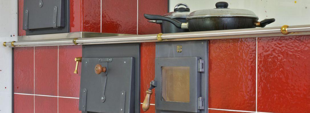 Large Size of Holzofen Küche Ihr Kchenherd Aus Krnten Kloss Wohnherde Gmbh Müllschrank Kaufen Günstig Buche Landhausstil Magnettafel Abfallbehälter Schreinerküche Küche Holzofen Küche