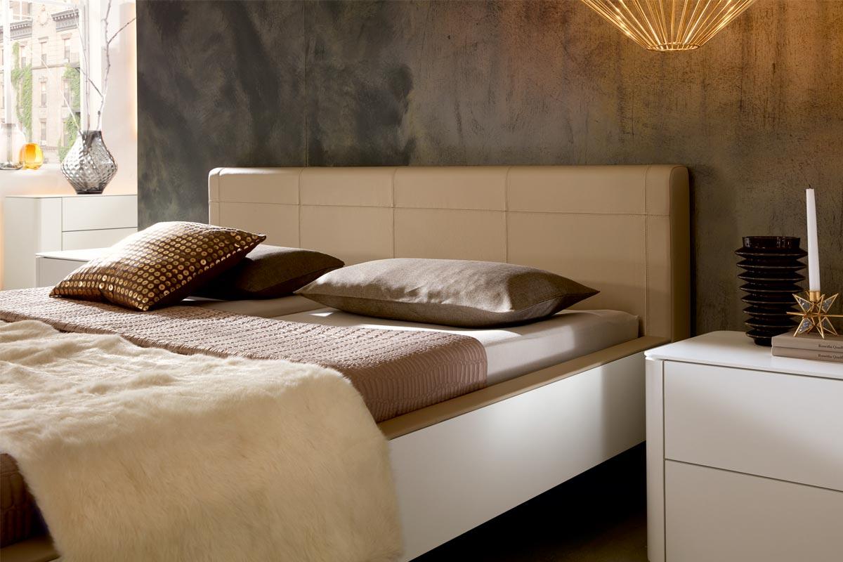 Full Size of Hlsta Schlafzimmer Wei Hochglanz Weißes Bett 140x200 Wohnwert Betten überlänge Mit Stauraum 160x200 Lattenrost Und Matratze Weiß 180x200 Aufbewahrung Bett Hülsta Bett