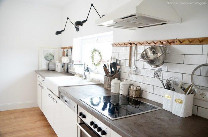 Medium Size of Landhausküche Meine Landhauskche La Fixer Upper Weiß Gebraucht Weisse Grau Moderne Küche Landhausküche
