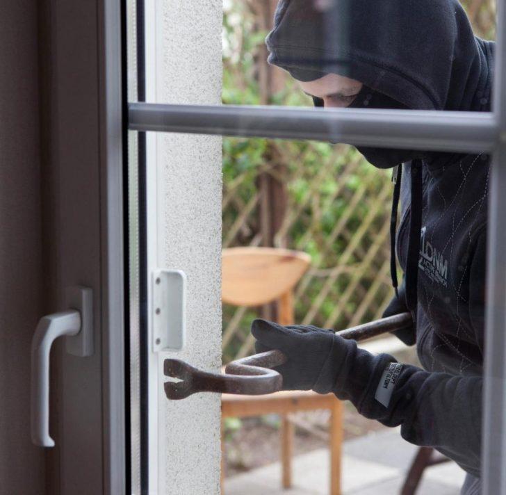 Medium Size of Smart Home Risiken Beim Einbruchschutz Per Smartphone App Welt Insektenschutz Für Fenster 3 Fach Verglasung Sichtschutz Konfigurieren Alu 120x120 Fototapete Fenster Fenster Einbruchsicherung