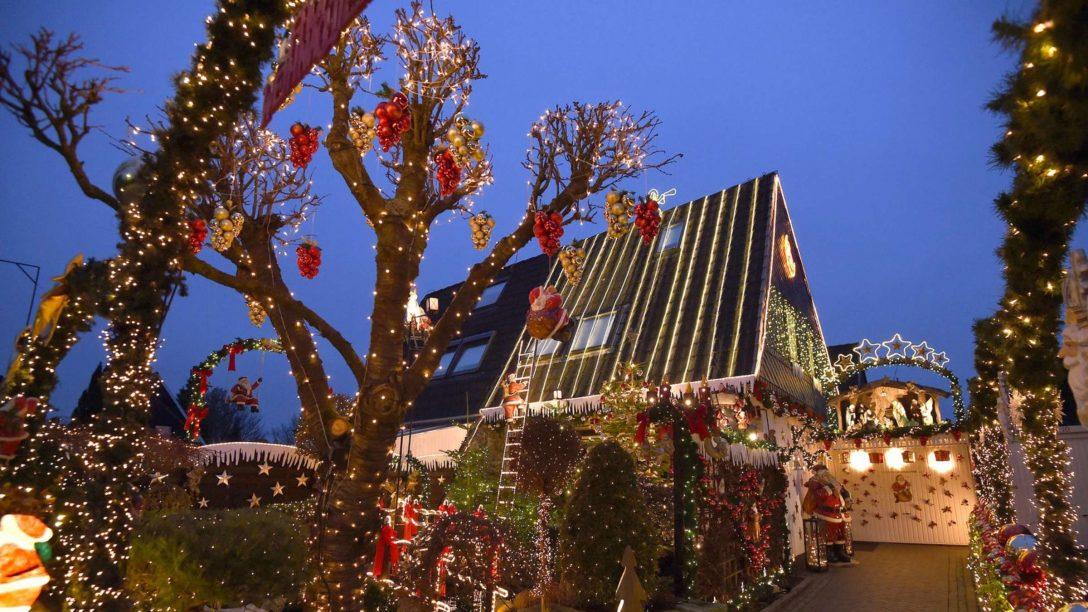 Large Size of Weihnachtsbeleuchtung Fenster Innen Figuren Batterie Mit Kabel Kabellos Pyramide Led Silhouette Amazon Stern Fensterbank Weihnachtsdekoration Hat Grenzen Wohnen Fenster Weihnachtsbeleuchtung Fenster