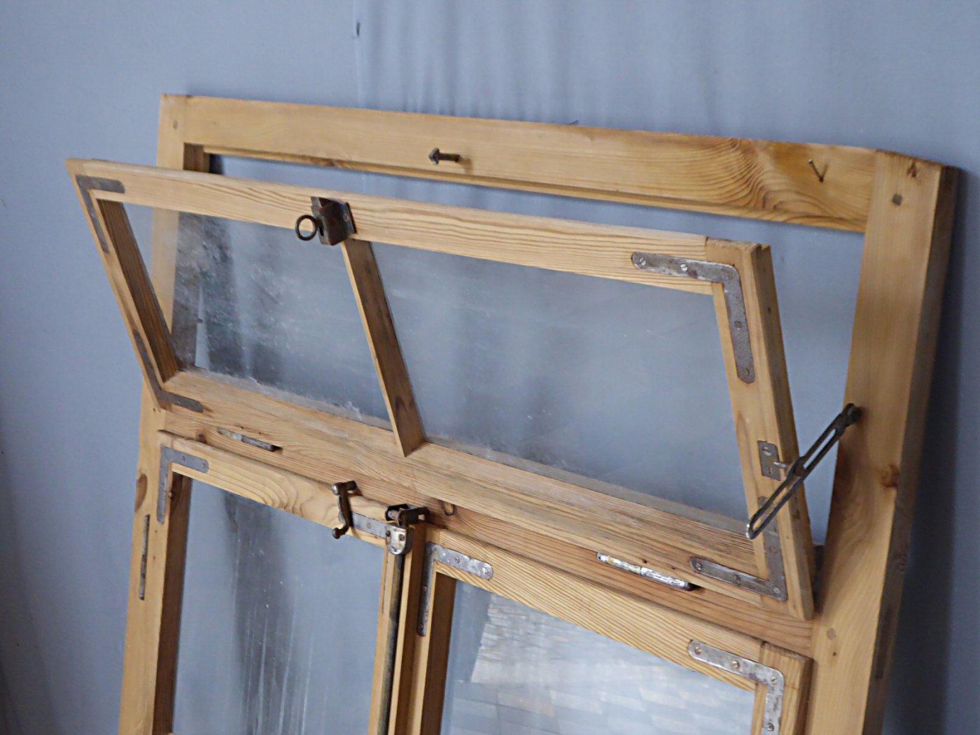 Full Size of Alte Fenster Kaufen Altes Sprossenfenster Aus Weichholz Küche Ikea Mit Eingebauten Rolladen Elektrogeräten Bodentief Fliegengitter Günstige Sichtschutzfolie Fenster Alte Fenster Kaufen