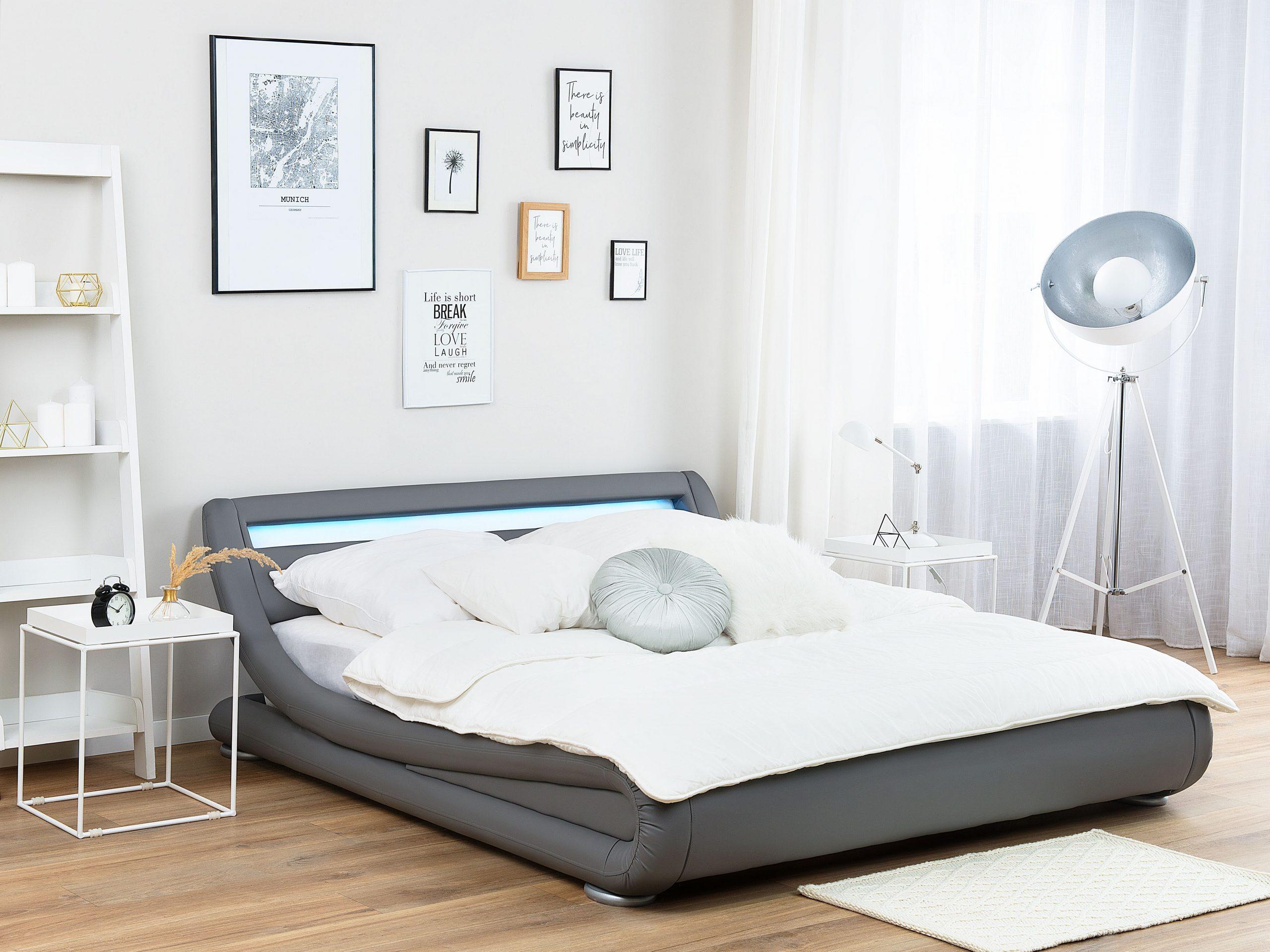 Full Size of Graues Bettlaken 180x200 Bett Kombinieren Wandfarbe 120x200 Ikea 160x200 Passende Waschen Welche Kunstleder Grau 140 200 Cm Mit Led Beleuchtung Avignon Bett Graues Bett