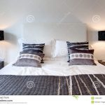 Stilvolles Bett Stockbild Bild Von Moebel Betten Platzsparend Mit Lattenrost Einzelbett Prinzessin Bettwäsche Sprüche Musterring Bestes 140 Test Massiv Bett Modernes Bett