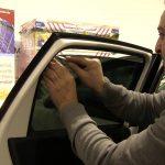 Auto Fenster Folie Fenster Montage Einer Auto Tnungsfolie Armolan Europe Gmbh Youtube Fliegengitter Fenster Maßanfertigung Velux Einbruchschutz Nachrüsten Einbruchsicher Schallschutz