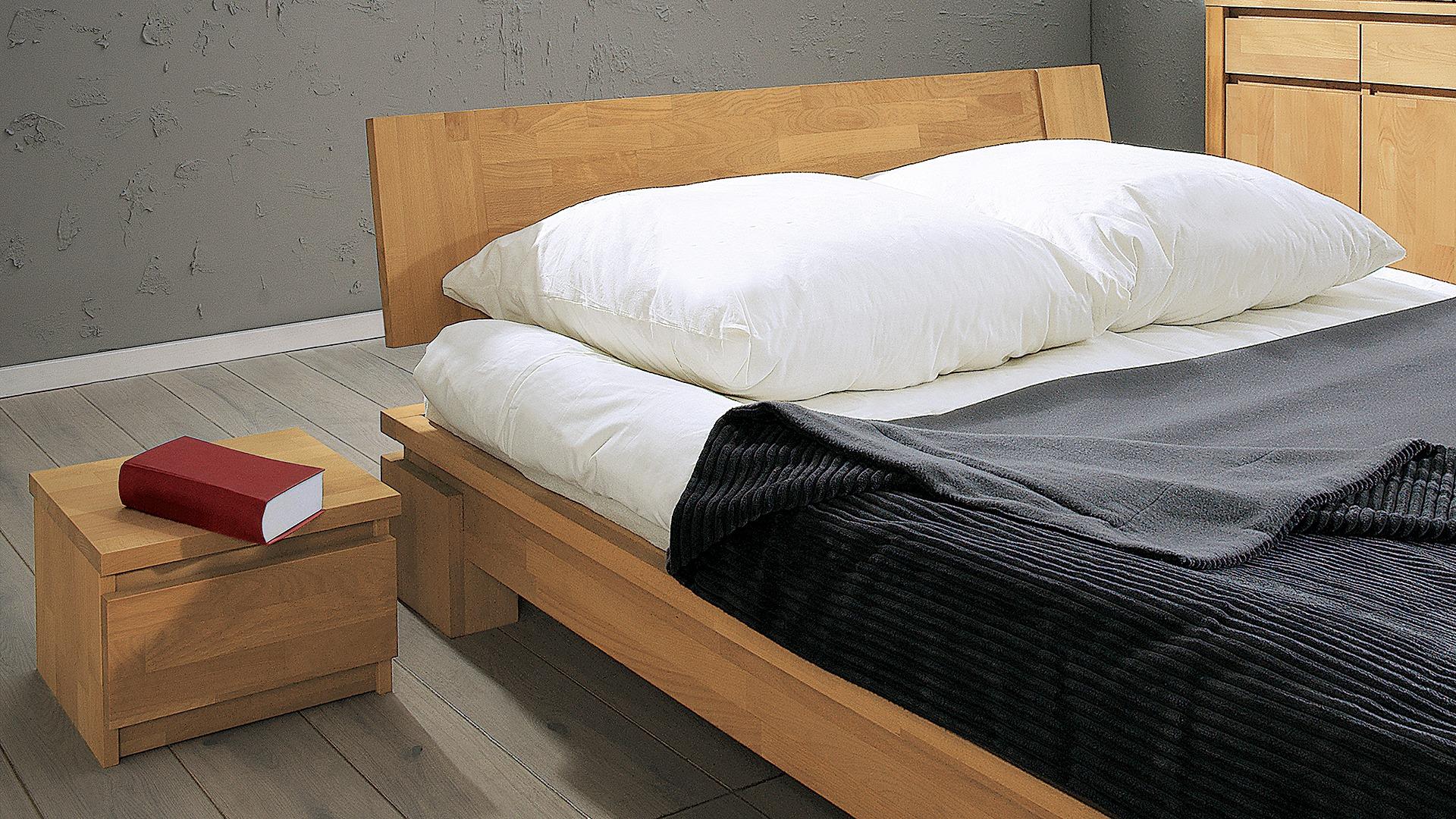 Full Size of Nachttisch Eleganto Aus Geltem Buchenholz Bett Mit Stauraum 140x200 Weiss 200x200 Komforthöhe 120 Wasser Treca Betten Ausklappbar Dänisches Bettenlager Bett Bett Niedrig