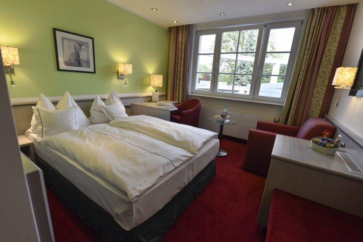 Medium Size of Bett Hotel Landhaus Alpinia Krankenhaus Team 7 Betten Mit Matratze Und Lattenrost 140x200 200x200 Kingsize Schlicht Bettkasten Bette Duschwanne Kinder Bonprix Bett 1.40 Bett