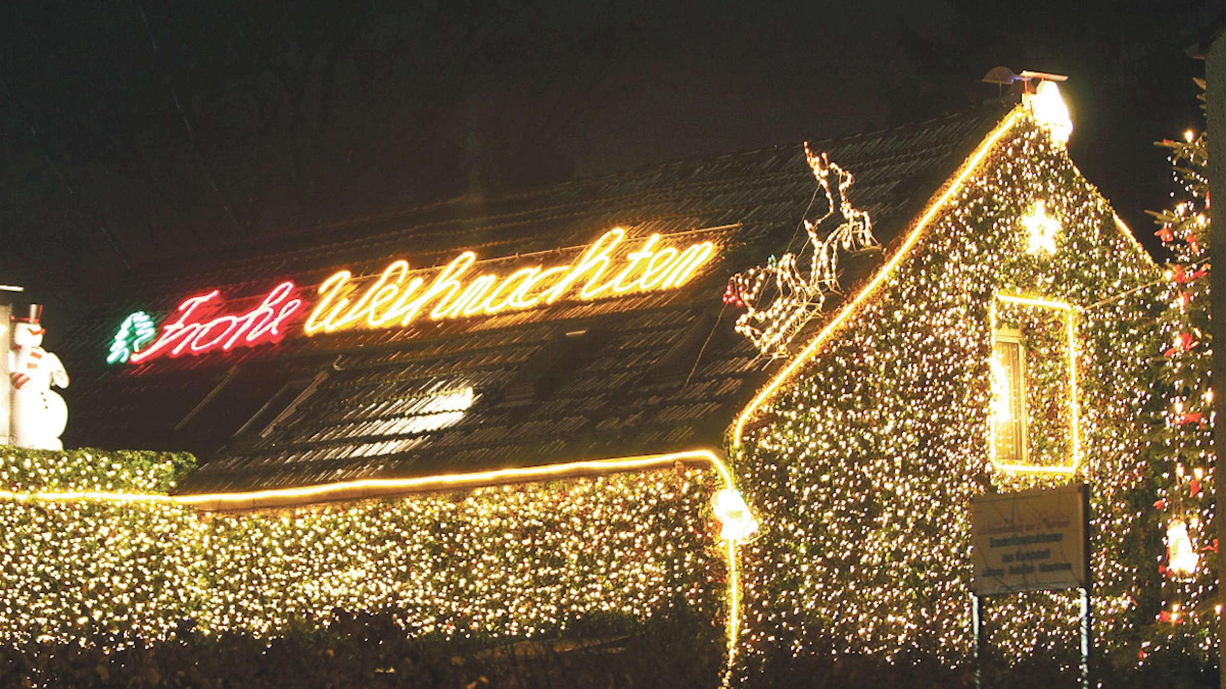 Full Size of Solingen Weihnachten Das Ist Bei Der Dekoration Verboten Fenster Schallschutz Einbruchsicherung Mit Lüftung Tauschen Jalousien Braun Sonnenschutz Außen Fenster Weihnachtsbeleuchtung Fenster