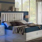 Modernes Bett Bett Elegantes Bett Boxspring Hohes Kopfteil Selber Bauen 180x200 Vintage Mit Ausziehbett Flach 200x200 Komforthöhe Bettkasten Massivholz 90x190 Betten Für