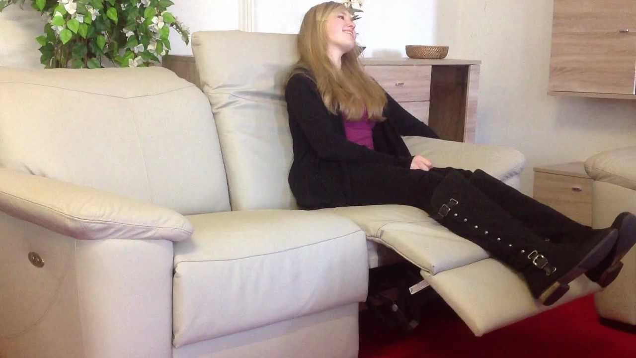 Full Size of Sofa Mit Relaxfunktion Elektrisch Leder Verstellbar Sitz Rechts Relafunktion Youtube Bezug Ecksofa Ottomane Wildleder Rattan Verstellbarer Sitztiefe Bett Sofa Sofa Mit Relaxfunktion Elektrisch